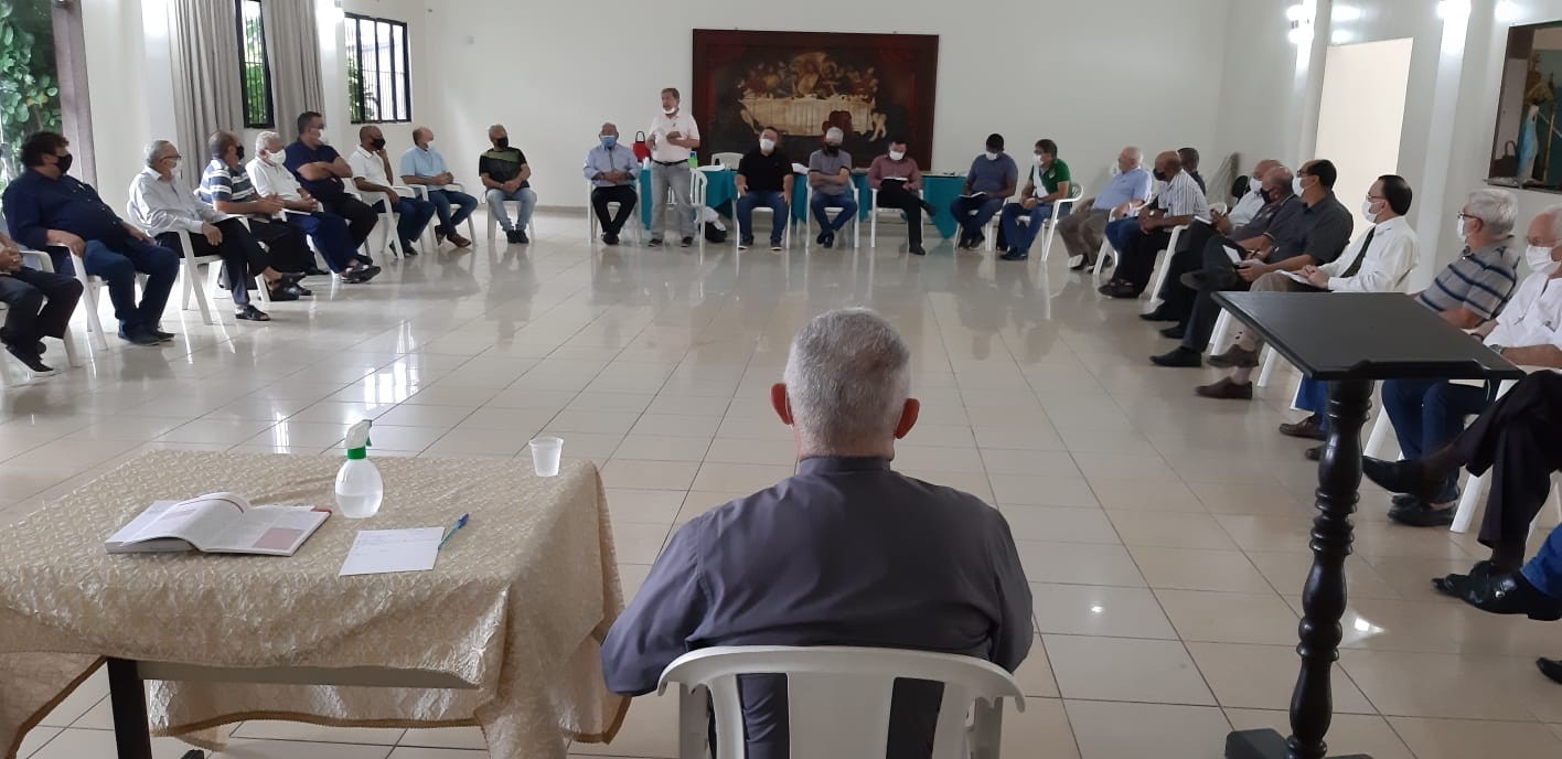 ASPIRAÇÕES DIACONAIS SÃO DISCUTIDAS COM ARCEBISPO ARQUIDIOCESE DA PARAÍBA