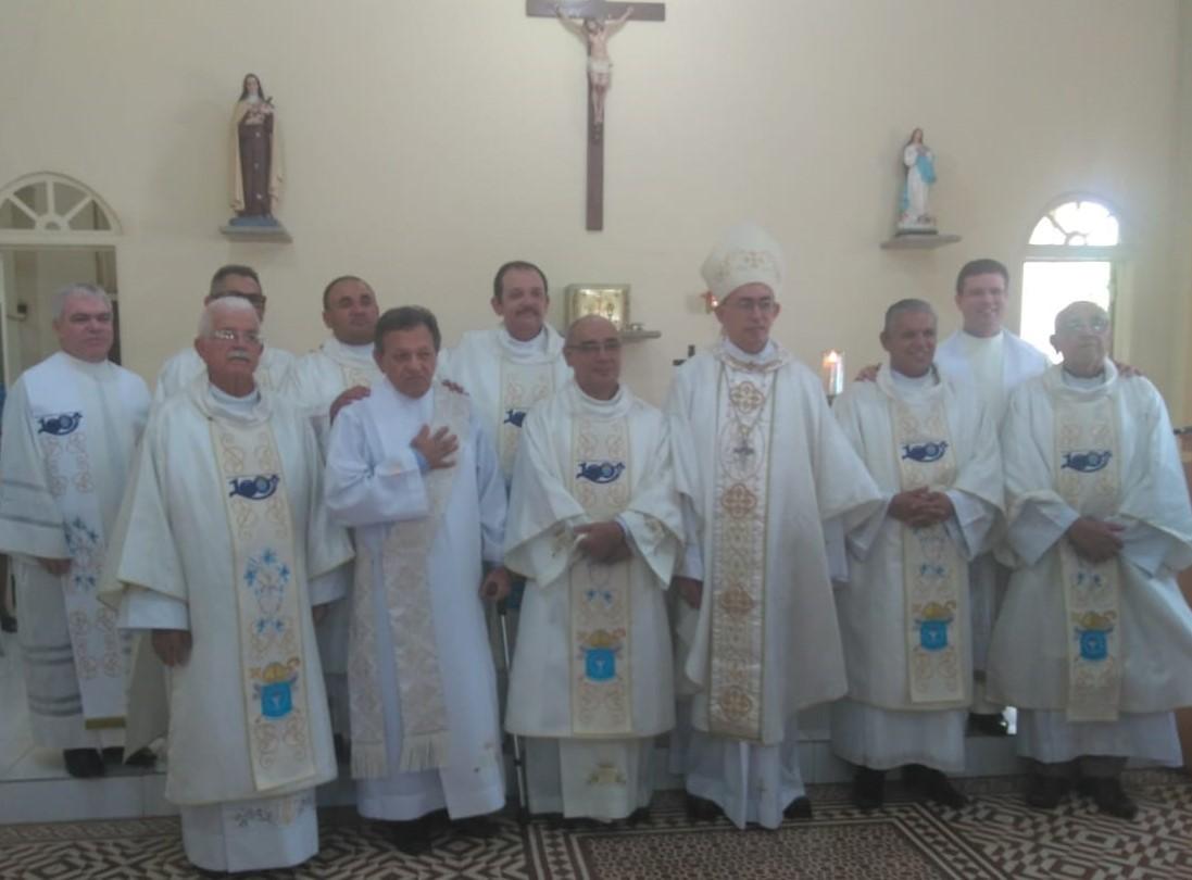 Dom Lucena ordenará 12 diáconos na Diocese de Nazaré