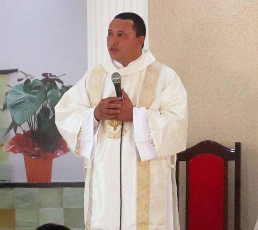 João Antonio dos Santos Vergílio é ordenado Diácono Permanente na Diocese de São José dos Pinhais (PR)