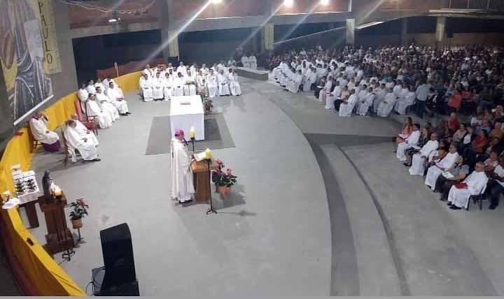 Sete Diáconos Permanentes foram ordenados na Celebração comemorativa dos 99 anos da Arquidiocese de Belo Horizonte (MG)