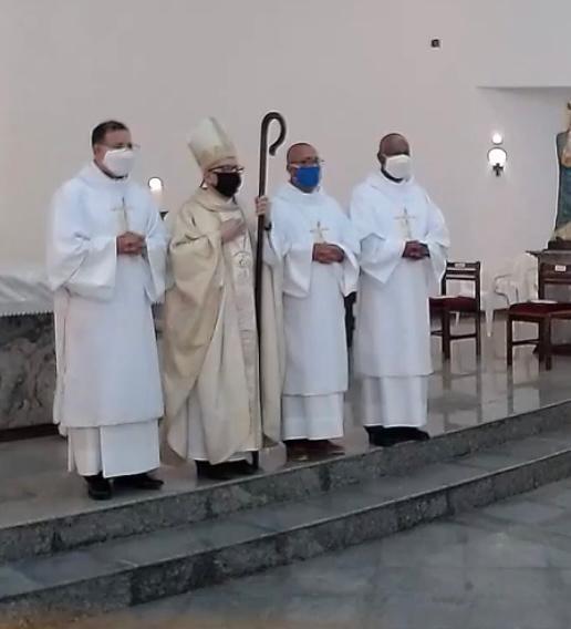 Ordenados 3 Diáconos Permanentes na Diocese de Ponta Grossa (PR)