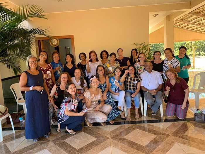 CAD de Palmas realiza encontro de dom Pedro com as esposas dos diáconos e candidatos